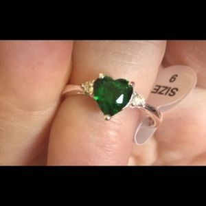 Sterling and heart shaped emerald ring
